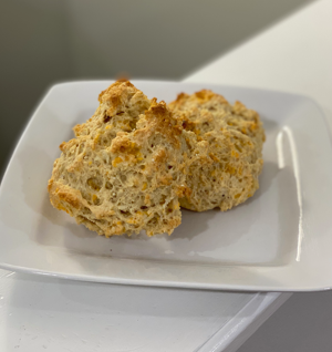 Gluten-Free Cheddar Biscuits thumbnail